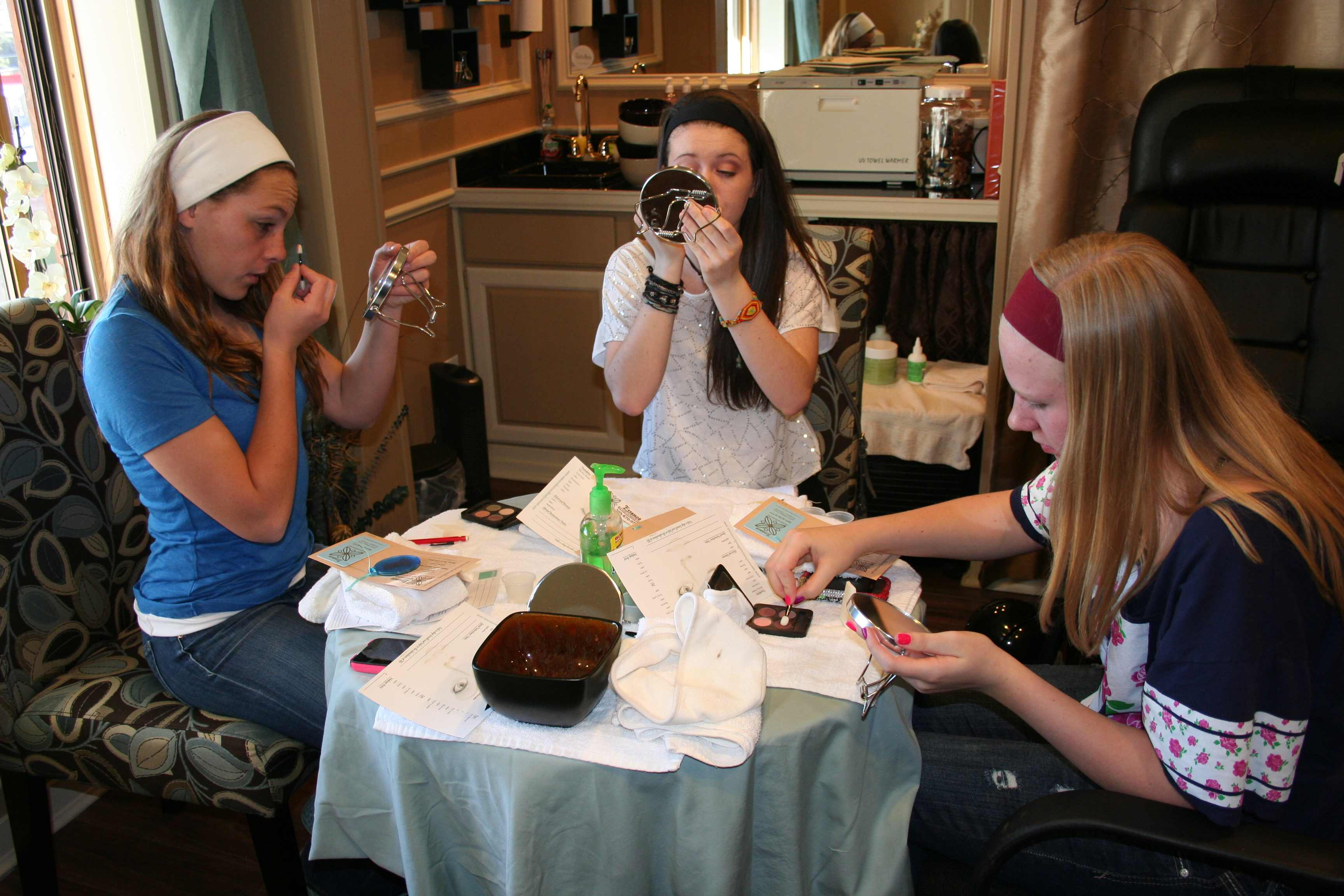 03-march-makeup-class-03